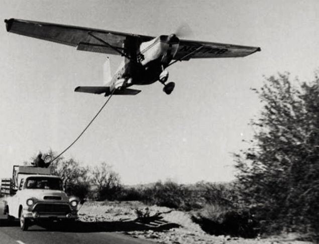 Refueling the Cessna 172